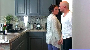 (Ashton Blake) Lovely Sweltering Housewife With Bigtits Like  Hardcore Sex clip-04