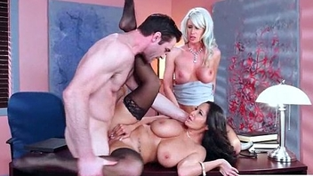 (Ava Addams &amp_ Riley Jenner) Big Rounds Jugg Girl Ger Hard Style Coition In Office video-07