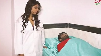 Hot Doctor Bhabhi Fling With Patient www.hellosex.guru