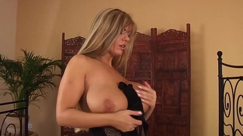 busty stepmom masturbating